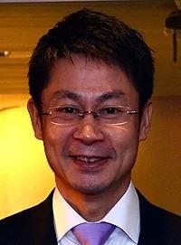 湯崎英彦 経歴 学歴 性格
